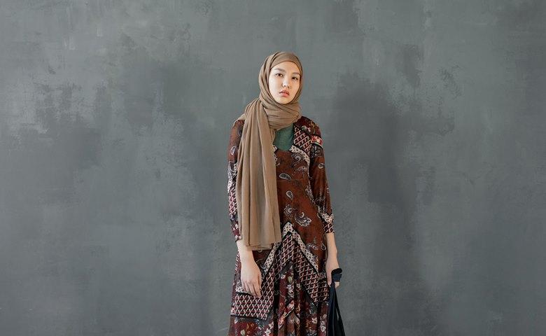 Hijab Kaos