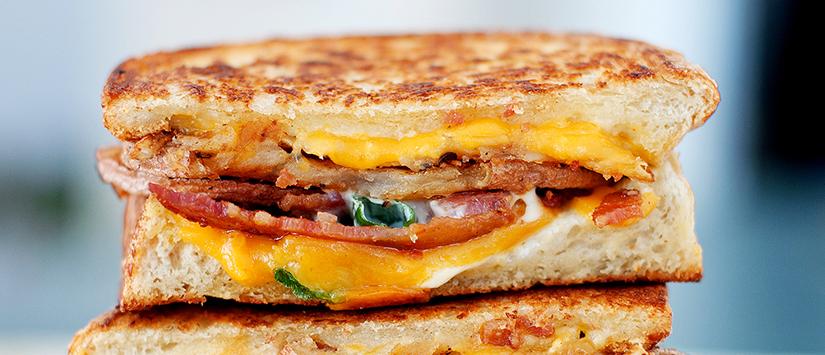 Mau sarapan? Roti tawar saja! yuk intip 7 kreasi lezat dan gurih roti tawar