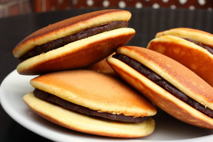 https://ecs7.tokopedia.net/blog-tokopedia-com/uploads/2015/03/dorayaki.jpeg