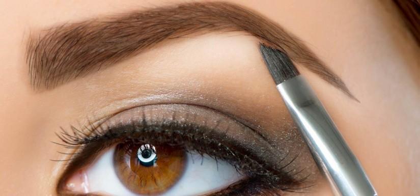 Ini Dia 4 Cara Membentuk Alis Mata yang Cantik dan Sempurna -  Tentukan titik mula