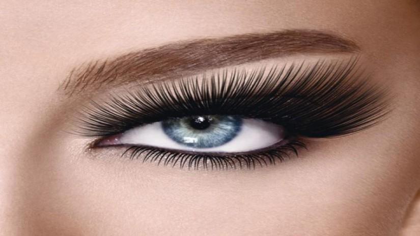 Ini Dia 4 Cara Membentuk Alis Mata yang Cantik dan Sempurna -  Bentuk Lengkungan