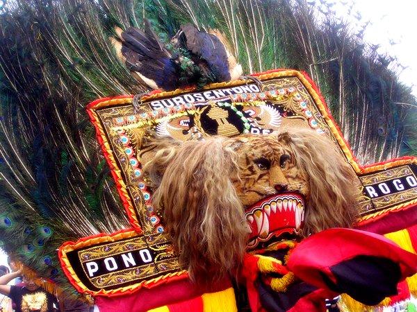 warisan budaya indonesia yang mendunia - reog ponorogo