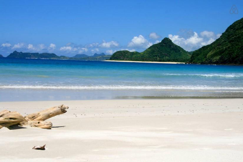 tempat wisata yang wajib dikunjungi saat berlibur ke lombok - selong belanak