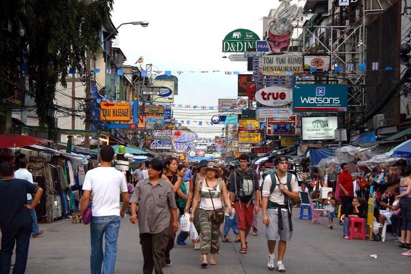 tempat belanja murah di bangkok thailand - khao san road