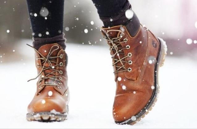 Suka Berlibur saat Musim Dingin? Ini Perlengkapan yang