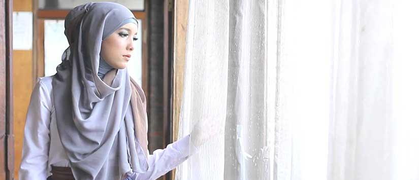 inspirasi gaya hijab lebaran dari blogger hijabers terkenal