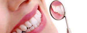 5 Cara memutihkan Gigi Secara Alami
