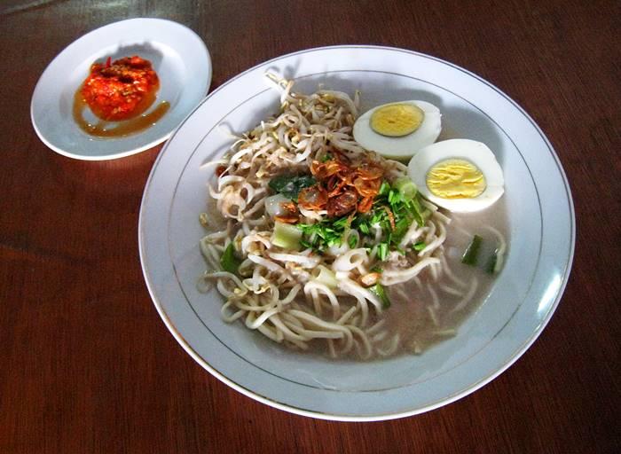 makanan khas palembang - mie celor