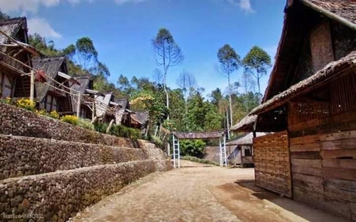 Wisata Sekitar Jakarta - Kampung Gede
