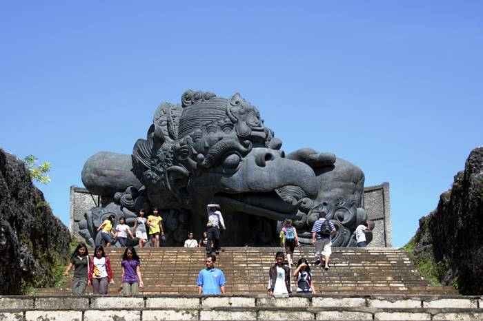 tempat wisata bali - Garuda Wisnu Kencana