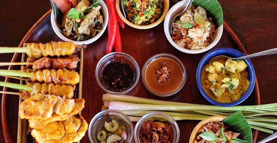 18  Kuliner Khas Bali yang Wajib Dicicipi di Pulau Dewata