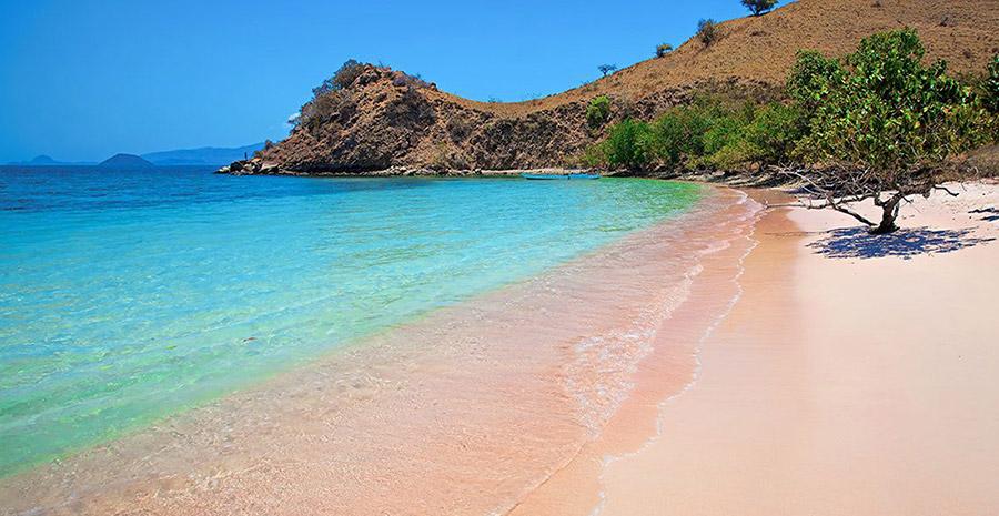 pantai terbaik di Indonesia