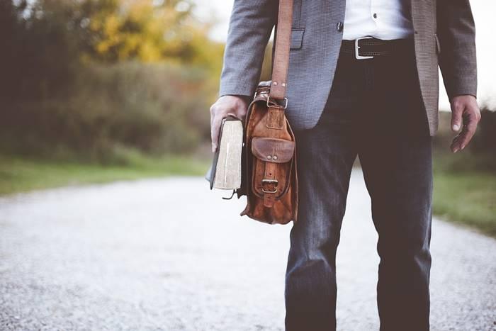 Tips Dan Trik Memilih Celana Pria Sesuai Postur Tubuh Tokopedia Blog