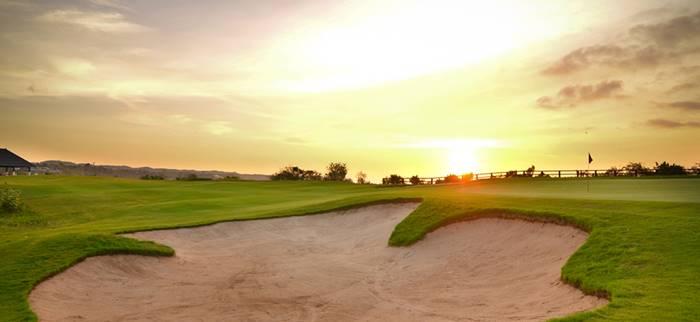 tempat wisata bali - new kuta golf