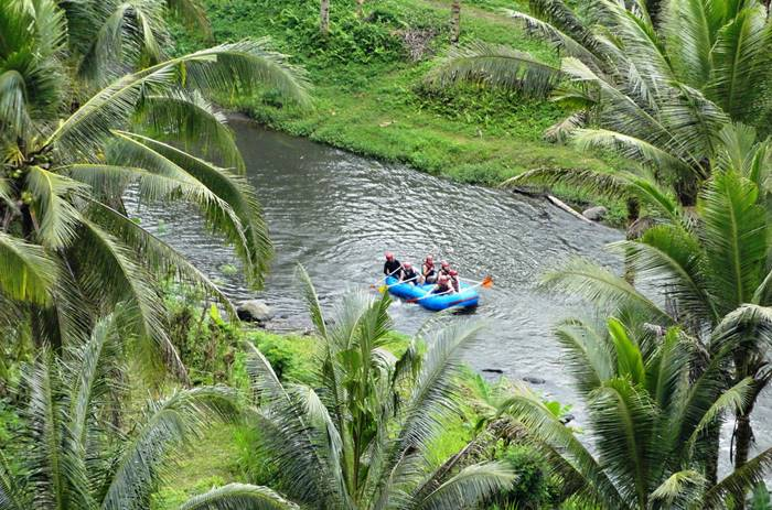 tempat wisata bali - arung jeram