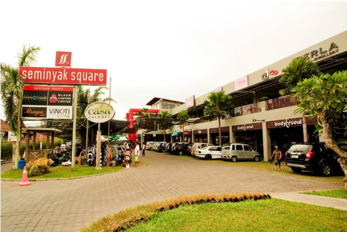 tempat wisata bali - seminyak square