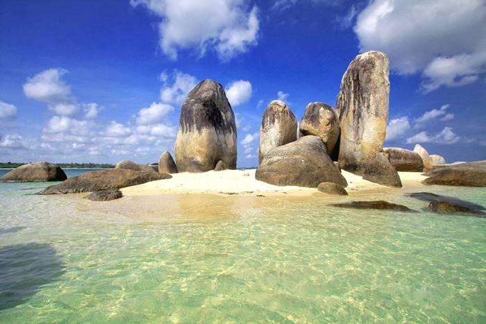Pantai di Bangka - Pantai Tanjung Kelayang