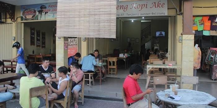 Kedai Kopi di Belitung - Warung Kopi Ake