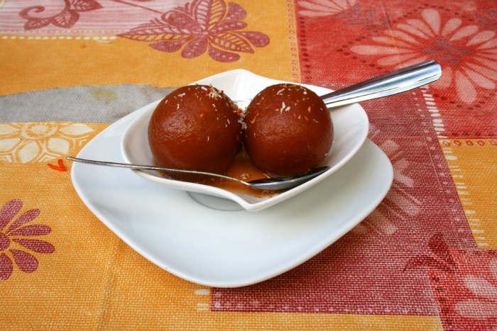 15 Makanan Khas India yang Popularitasnya Sudah Mendunia!