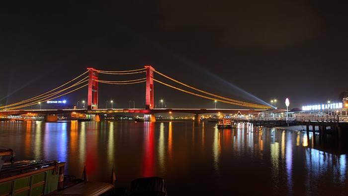 jembatan ampera tempat wisata di palembang