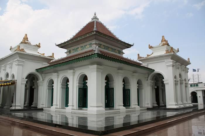 Masjid SMB II tempat wisata di palembang