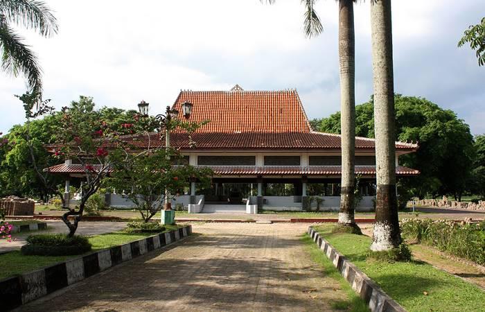 Taman Purbakala Sriwijaya tempat wisata di palembang