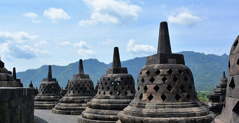 tempat wisata sejarah terbaik di Indonesia