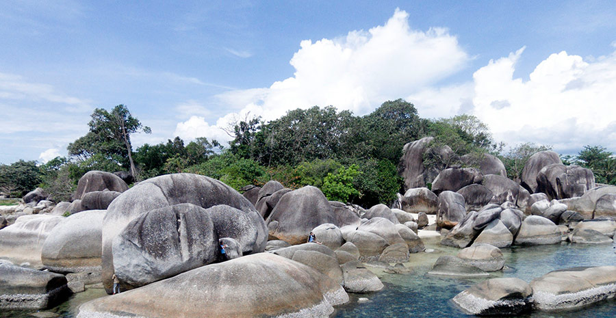 Pantai tersembunyi di belitung