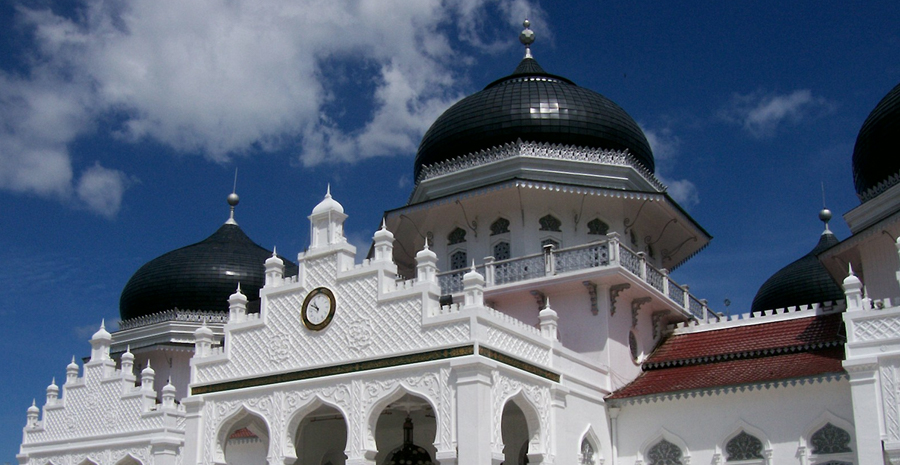 7 Bangunan Masjid Terindah Di Indonesia Tokopedia Blog