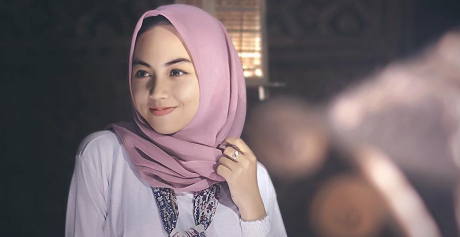 tren busana dan fashion muslim terbaru