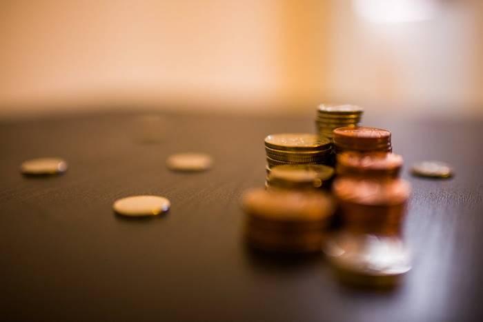 menghitung biaya pernikahan