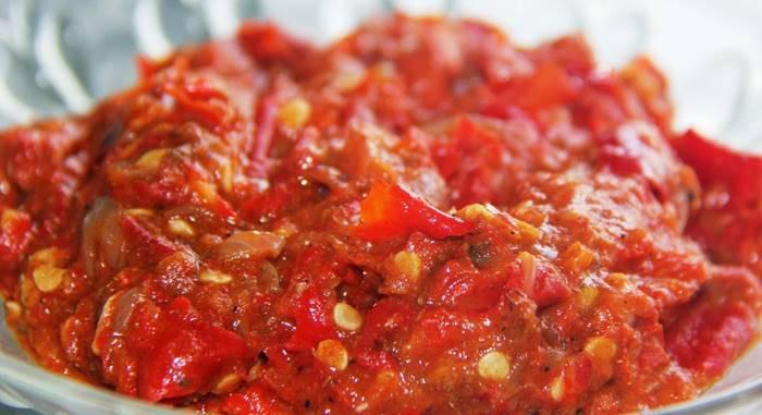 7 Kuliner Pedas Terlezat untuk Kamu Pecinta Makanan Pedas - Tokopedia Blog