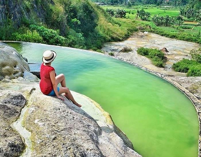 Tempat Pemandian Air Panas di Tirta Sanita