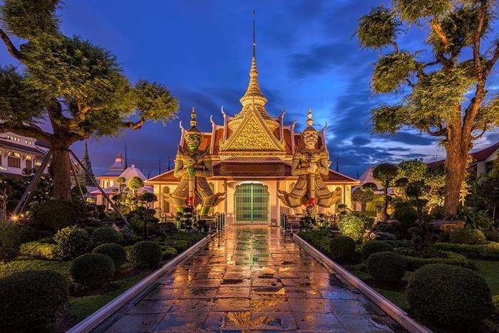 tempat wista di Bangkok terbaik - Wat Arun