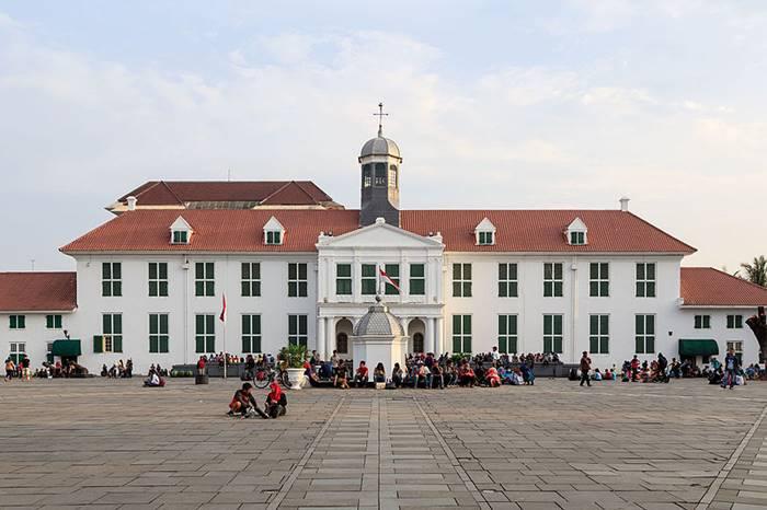 tempat wisata sejarah di indonesia -