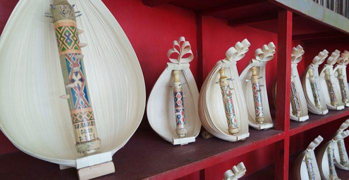 alat musik tradisional khas Indonesia