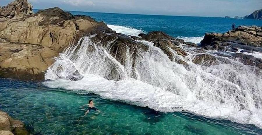 18 Tujuan Wisata Pantai di Yogyakarta Terpopuler