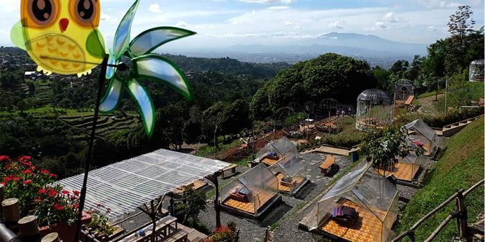 20 Destinasi Wisata Kuliner Bandung Hits Tokopedia Blog