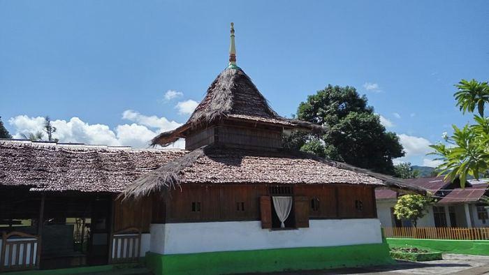 Masjid Wapauwe Ambon