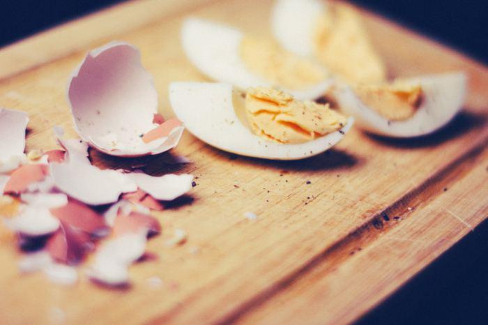 Menu Sahur Cepat Saji - telur rebus