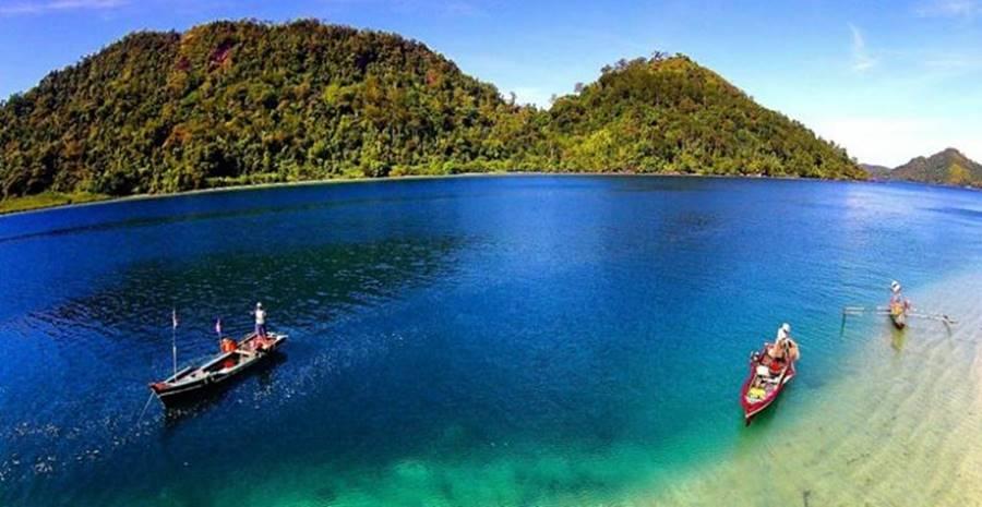 8 Wisata Pantai di Padang dan Sekitarnya