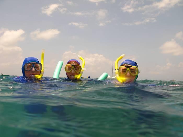 7 Kegiatan Menarik yang Bisa Dilakukan di Karimun Jawa - Snorkeling