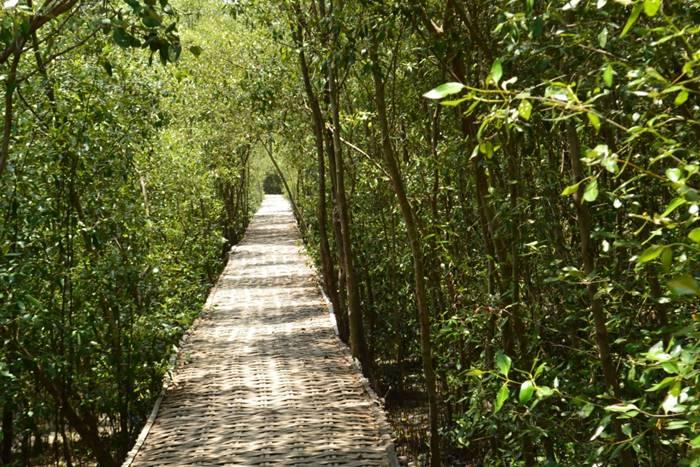 9 Tempat Wisata Alam Dan Pantai Terbaik Di Surabaya