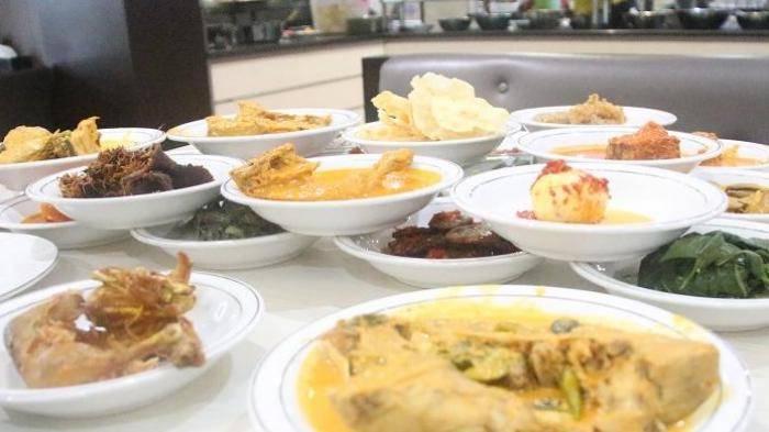 Rumah Makan Pauh Piaman - Wisata Kuliner Padang