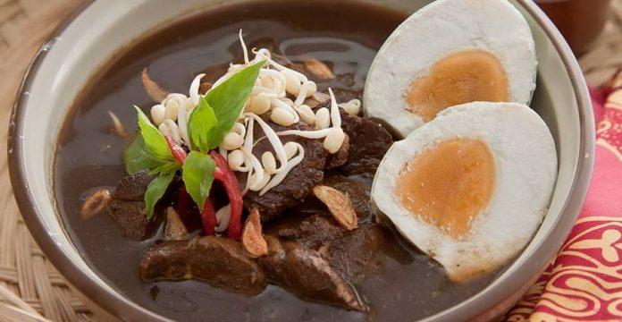desitnasi wisata kuliner di Surabaya