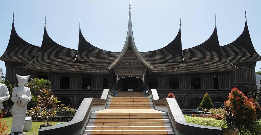 Liburan Seru di 15 Destinasi Wisata Kota Padang Paling Favorit