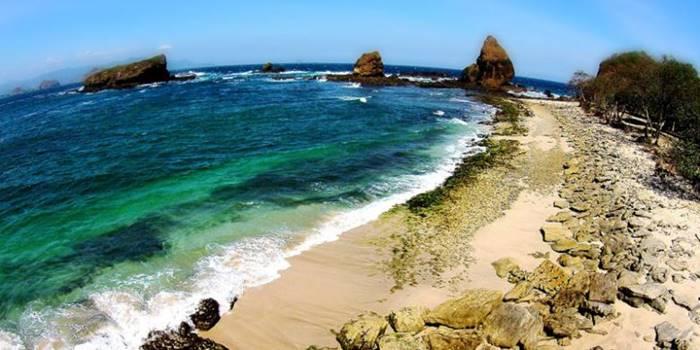 Wisata Pantai di jawa Timur Surabaya