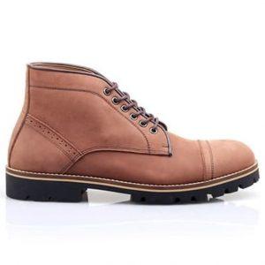 7 Merk Sepatu Boots Pria Terkenal - Tokopedia Blog 743e7e5855