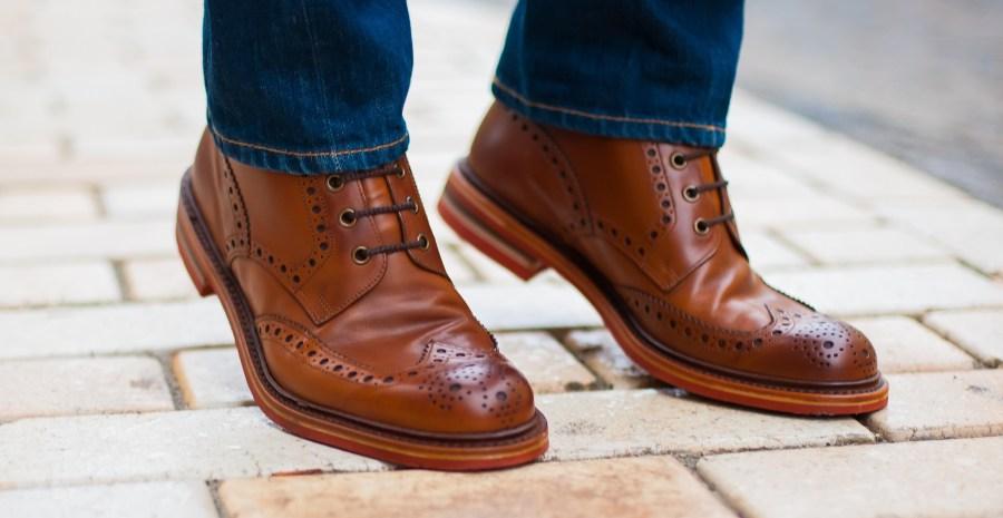 7 Merk Sepatu Boots Pria Terkenal Tokopedia Blog