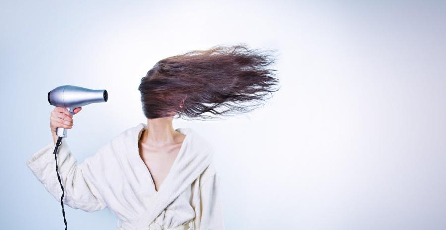 7 Rekomendasi Merk Hair Dryer yang Bagus - Tokopedia Blog f30cd4ac8c